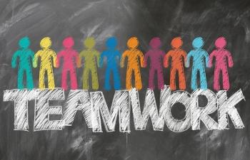 teamwork-2499638_1920